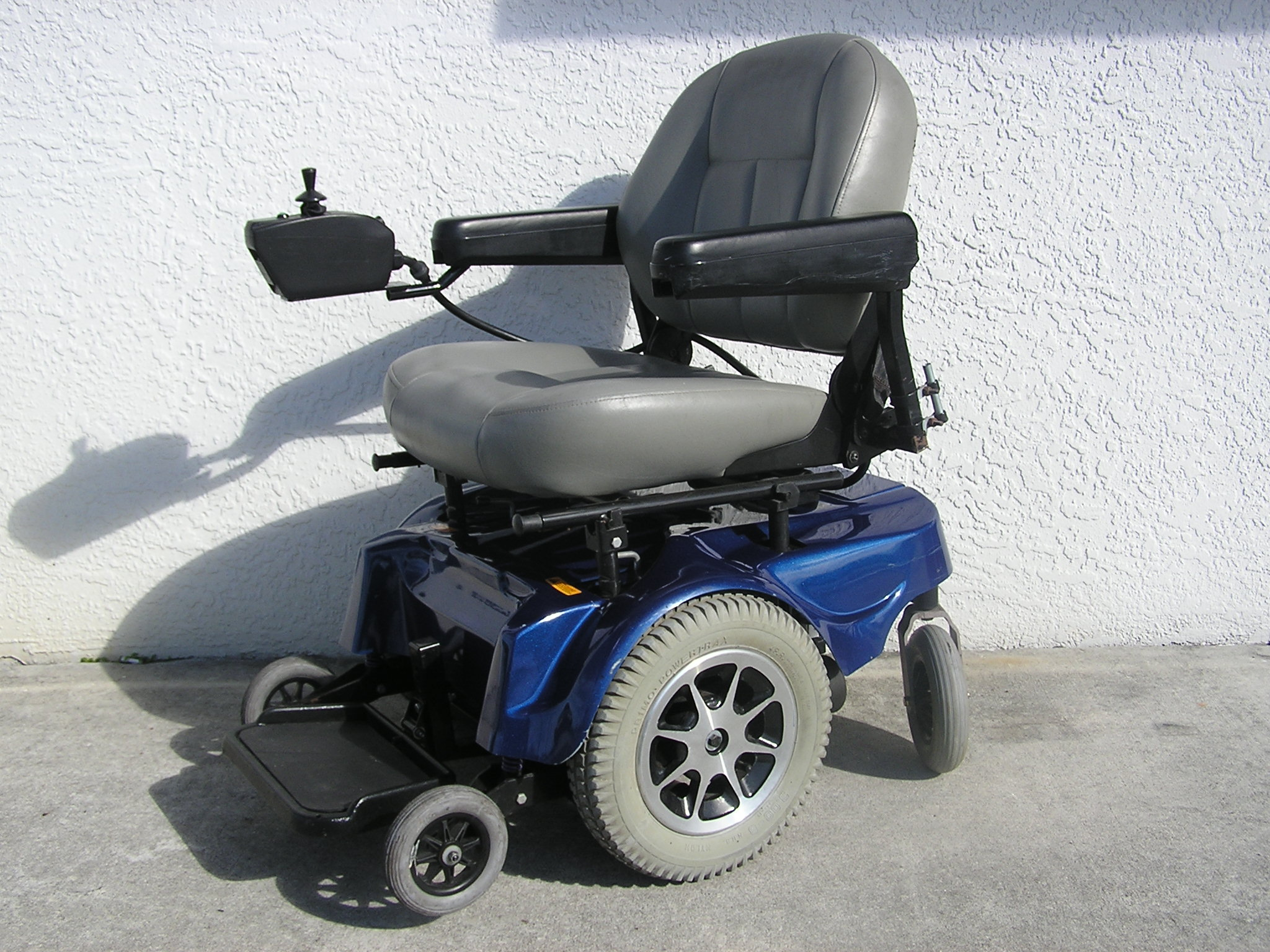 Motorized Wheel Chairs Pride Jazzy 1100 Electric Wheelchair